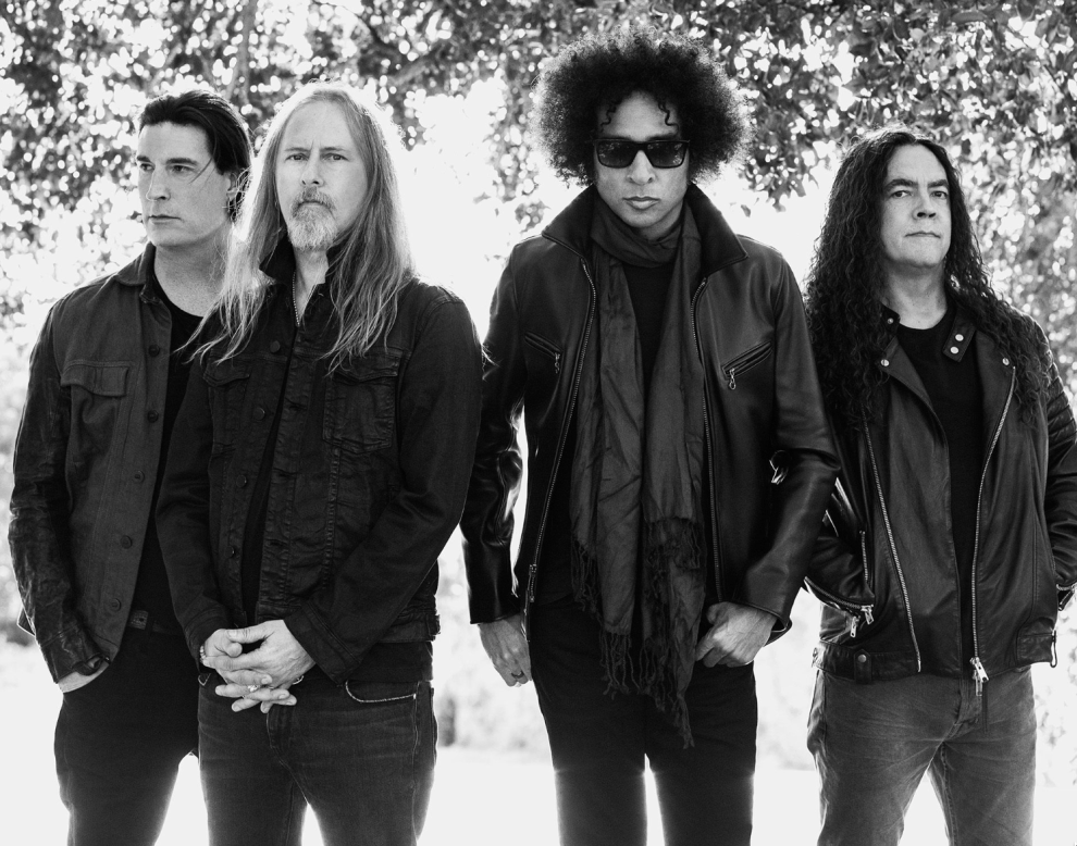 Alice In Chains Photo By Pamela Littky Rainier Fog Album Stream