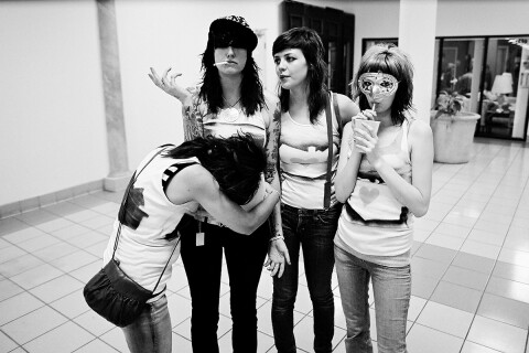 The Coathangers By Ryan Russell Web