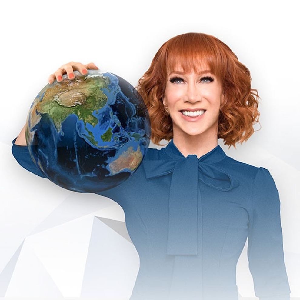 Kathy Griffin 590x590